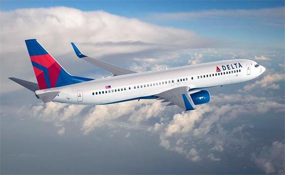 El avión de los Bosch Gutiérrez llega Felipe A.